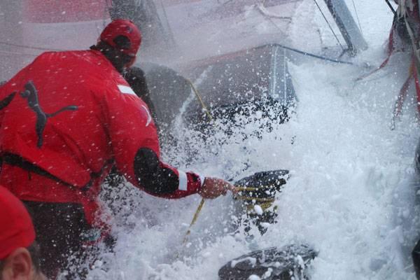 rough-seas-on-puma-by-rick-deppe