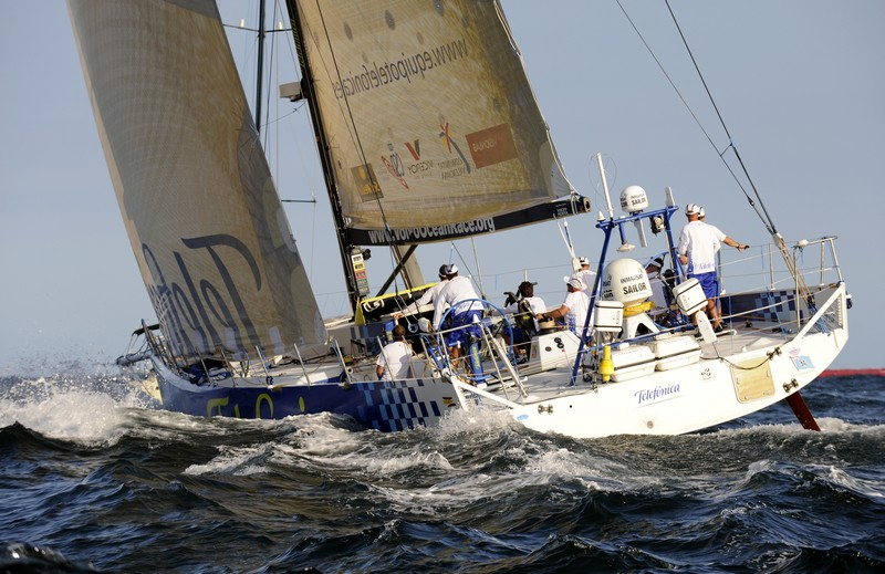 Telefonica Blue, skippered by Bouwe Bekking (NED) at the start of leg 6 of the Volvo Ocean Race, from Rio de Janeiro to Boston (Photo By Rick Tomlinson / Volvo Ocean Race)