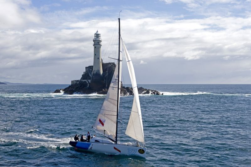 Fourty Degrees Rounding Fastnet Rock (Photo by Rolex / Carlo Borlenghi)