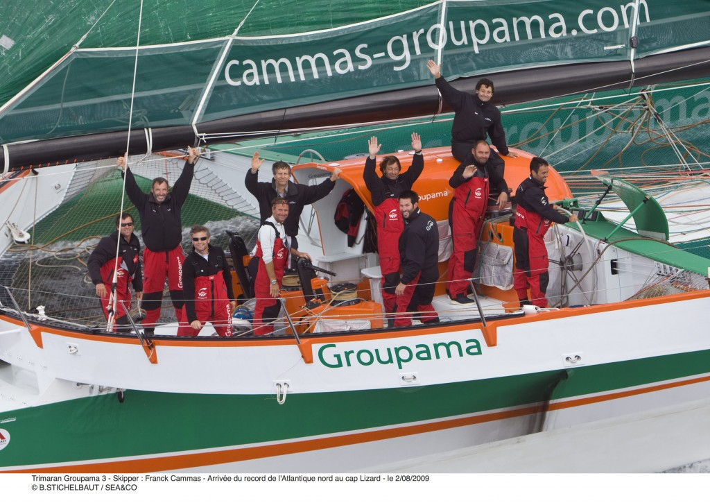 groupama-3-crew-after-arrival-at-lizard-point-by-benoit-stichelbaut-seaco