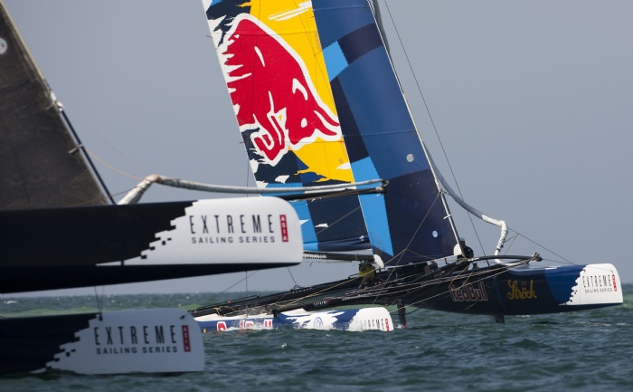 China Team and Red Bull Extreme Sailing in action on day 3 of the Extreme Sailing Series Asia at The Wave, Muscat (Photo by Mark Lloyd/Lloyd Images/OC Events)