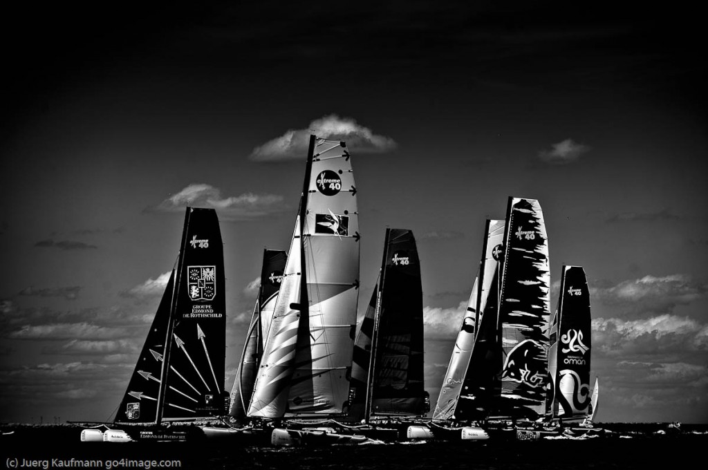 2010 Extreme Sailing Series Sete France (Photo by Juerg Kaufman / go4image.com )