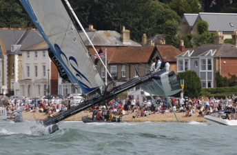 The Wave, Muscat At Cowes Week Extreme 40 Sailing (Photo by Paul Wyeth /  OC Events)