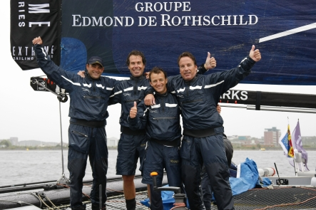 Team Groupe Edmond De Rothschild ( Photo by Paul Wyeth / OC Events )