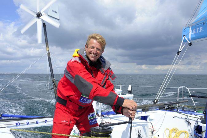 Jean Pierre Dick onboard Virbac-Paprec 3 (Photo © arnaud/studio / Yvan Zedda