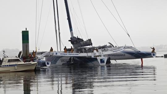 Banque Populaire V an her crew arrive in Lorient (Photo courtesy of Banque Populaire V)