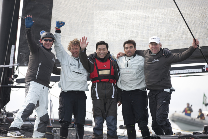 Team Extreme WIth The Mayor of Qingdao (Photo by Lloyd Images)
