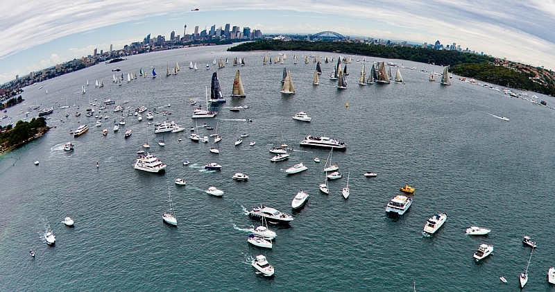 Birds Eye of 2010 Sydney Hobart Start (Photo by Rolex / Carlo Borlenghi)