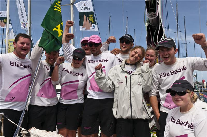 ELLA BACHE in Hobart with Jessica Watson and the youngest ever Sydney Hobart crew (Photo by Rolex / Daniel Forster)