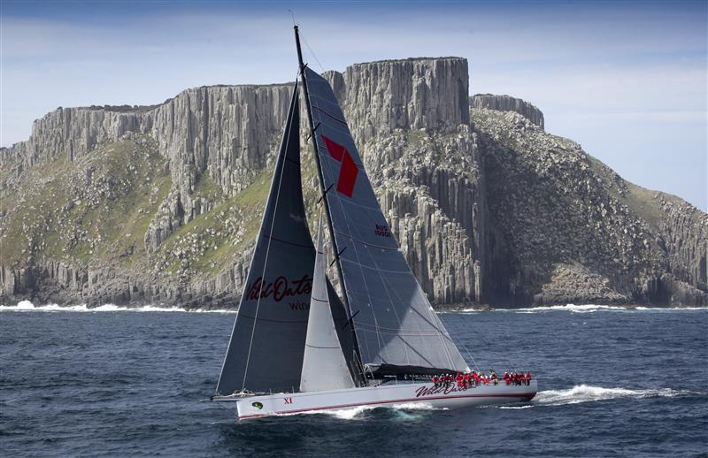 Wild Oats XI at Tasman Island (Photo by Rolex / Daniel Forster )