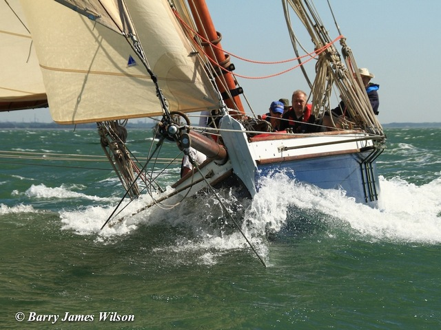 Old Gaffer  Upwind (Photo by Barry James Wilson)