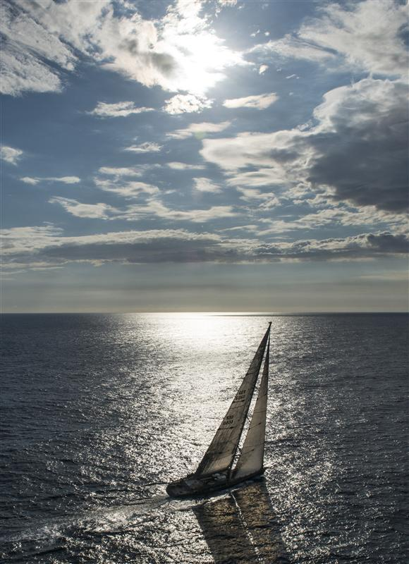 Nilaya Line Honours Winner 2012 (Photo by  Rolex / Kurt Arrigo)