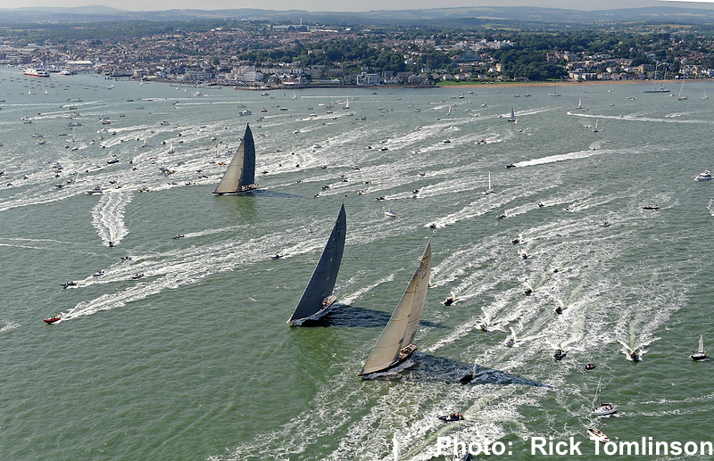J Class Start for the Hundred Guinea Cup around the Island Race off Cowes Photo by Rick Tomlinson)