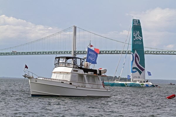 Oman Sail and Newport Bridge prior to the Prologue Start (Photo by George Bekris)