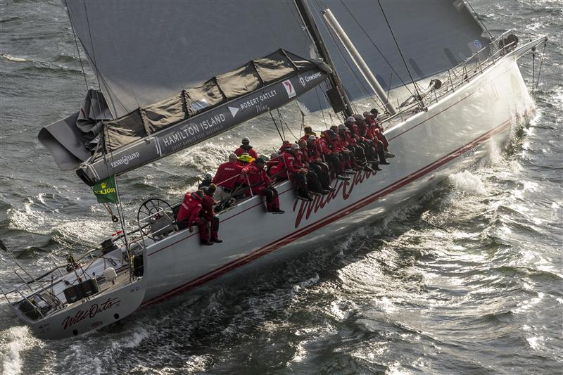 LINE HONOURS WINNER WILD OATS XI  Crew on the rail (Photo by Rolex / Carlo Borlenghi)
