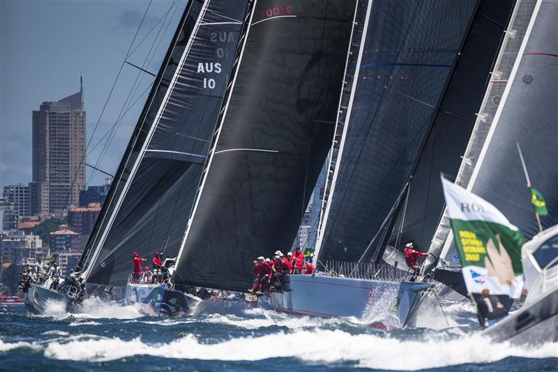 Maxis at Sydney Hobart Start by Carlo Borlenghi