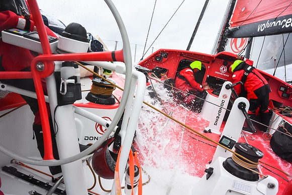 Team Dongfeng mid sea training 2014 2