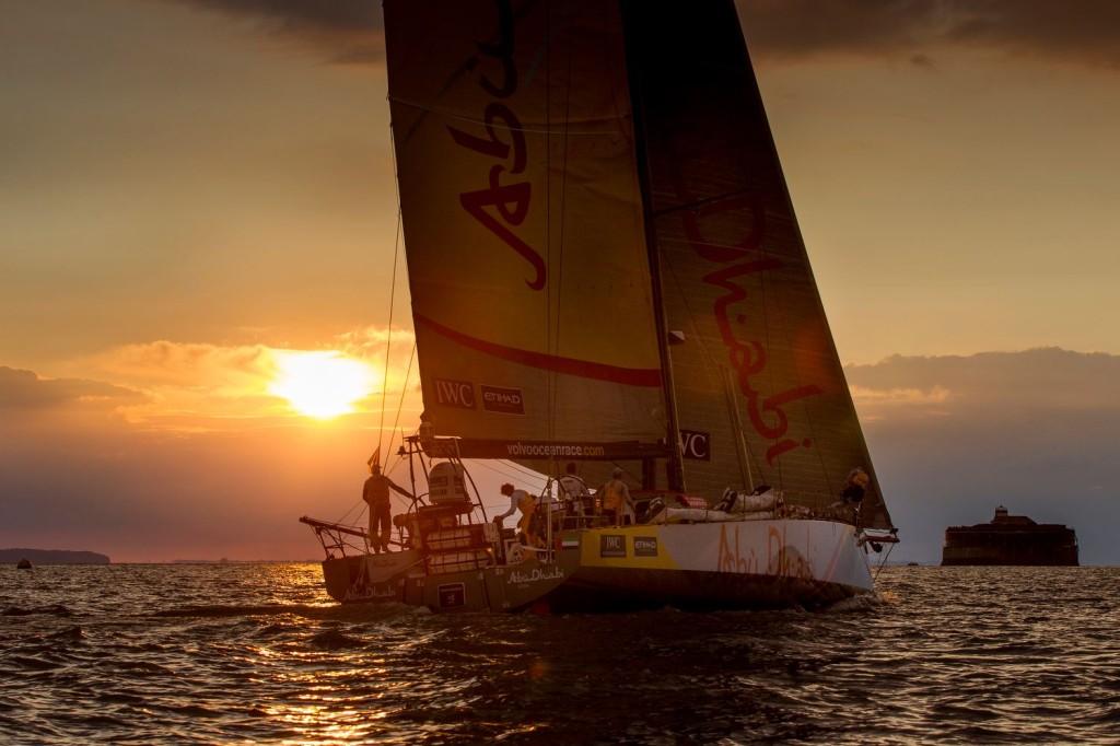 Abu Dhabi Ocean Racing by Rick Tomlinson/Team SCA