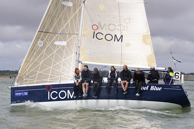 COM COOL BLUE IRC Class 6 (Photo by Rick Tomlinson)