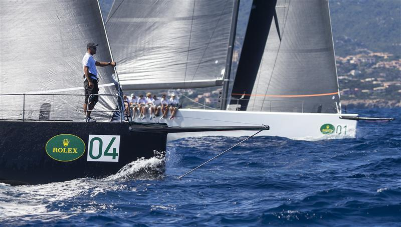 Mini Maxi Bowmen Calling the start (Photo by Rolex / Carlo Borlenghi)