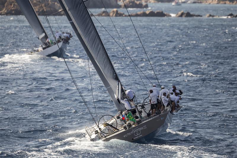 ROBERTISSIMA III  trying to catch up with leader ALEGRE (Photo  by Rolex / Carlo Borlenghi)