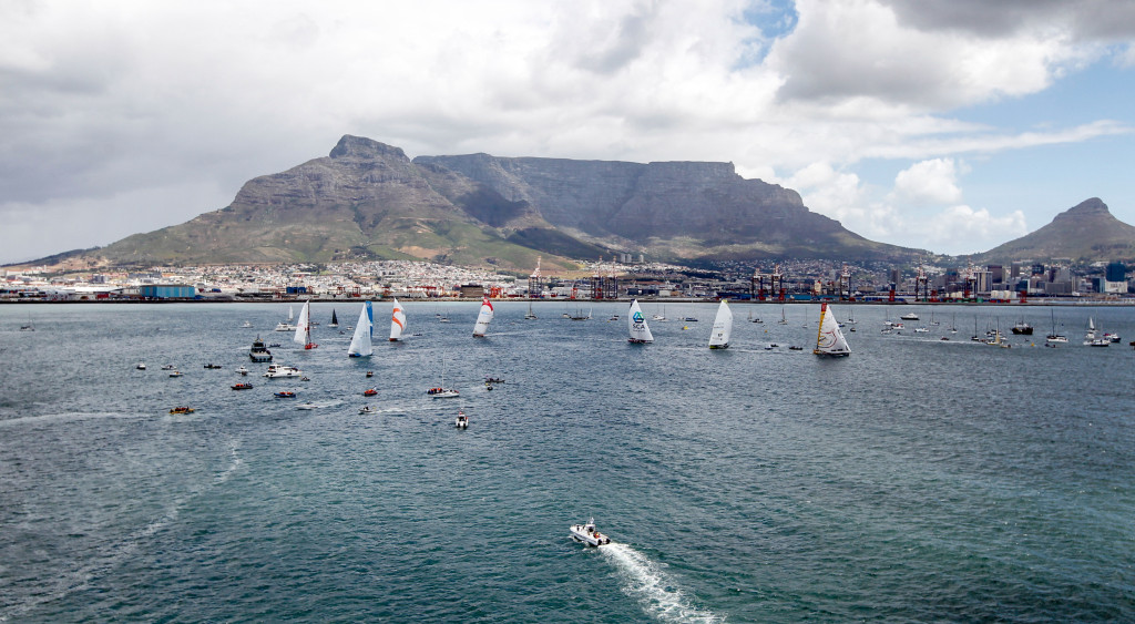 November 15, 2014. The fleet at the start of the In-Port race in Cape Town. (Photo © Ainhoa Sanchez/Volvo Ocean Race)