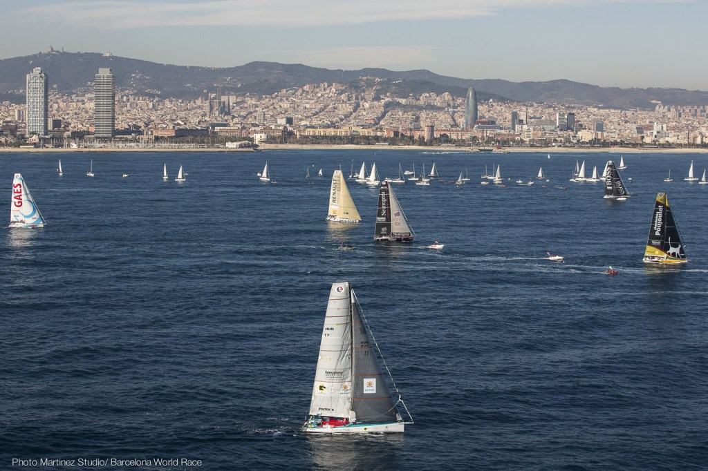 Barcelona World Race 2014/2015 Start (Photo © Nico Martínez / Barcelona World Race )