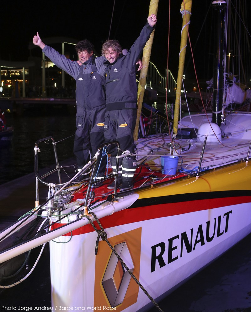 25/03/2015, Barcelona (ESP), Barcelona World Race 2014-15, Cheminées Poujoulat (Bernard Stamm/Jean Le Cam) arrival in 1st place. (Photo © Gilles Martin-Raget / Barcelona World Race)