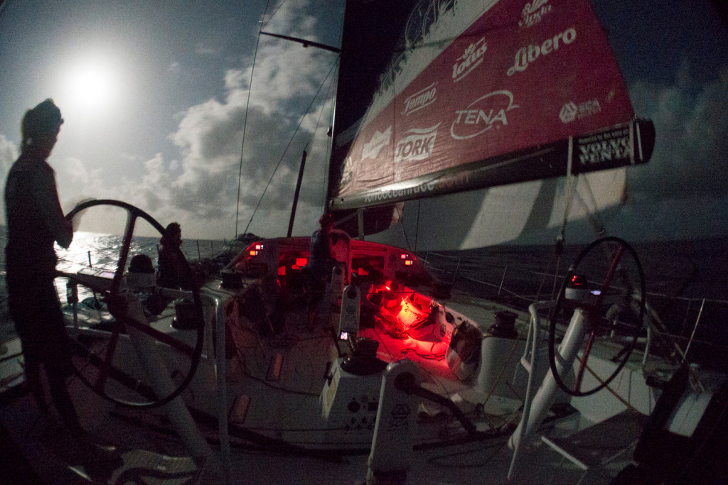 May 3, 2015. Leg 6 to Newport onboard Team SCA. Day 14. Sam Davies drives through the evening gybe. (Corinna Halloran / Team SCA / Volvo Ocean Race )