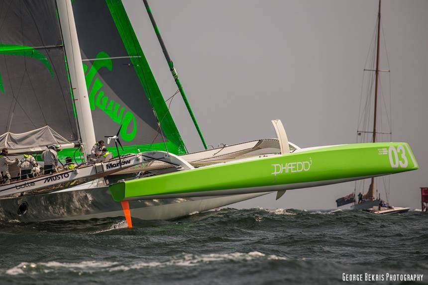 Phaedo3 Dials it up to catch Paradox who leads out of the start. (Photo © George Bekris)