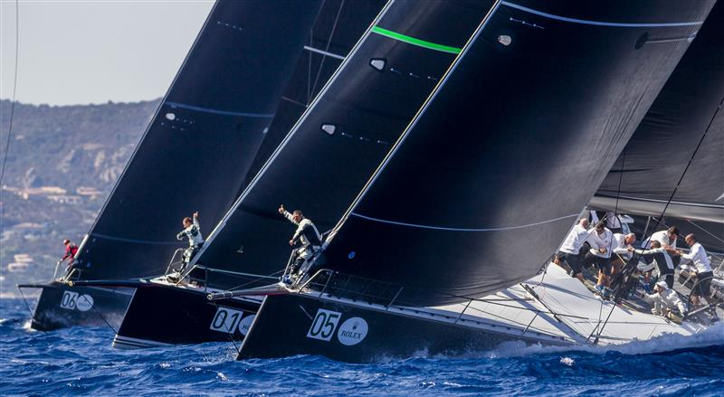 Maxi 72's at start (Photo by Rolex / Carlo Borlenghi)