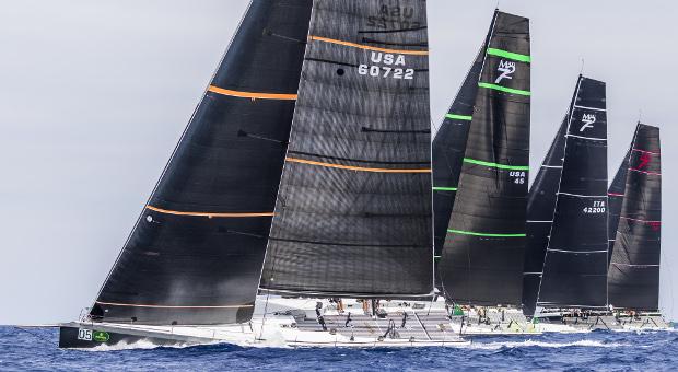 Maxi 72 start race © Carlo Borlenghi